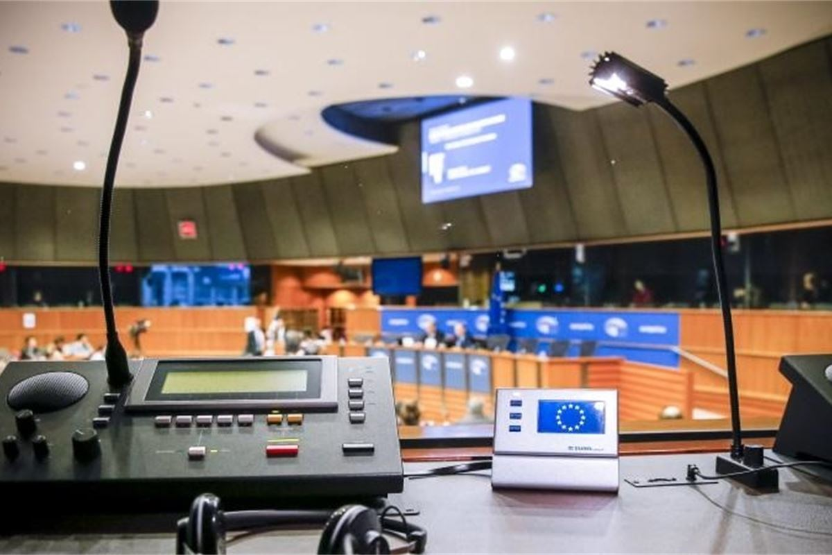 Eu Parliament S Interpreters Look To Antonio Tajani To Break Impasse Over Working Conditions Row